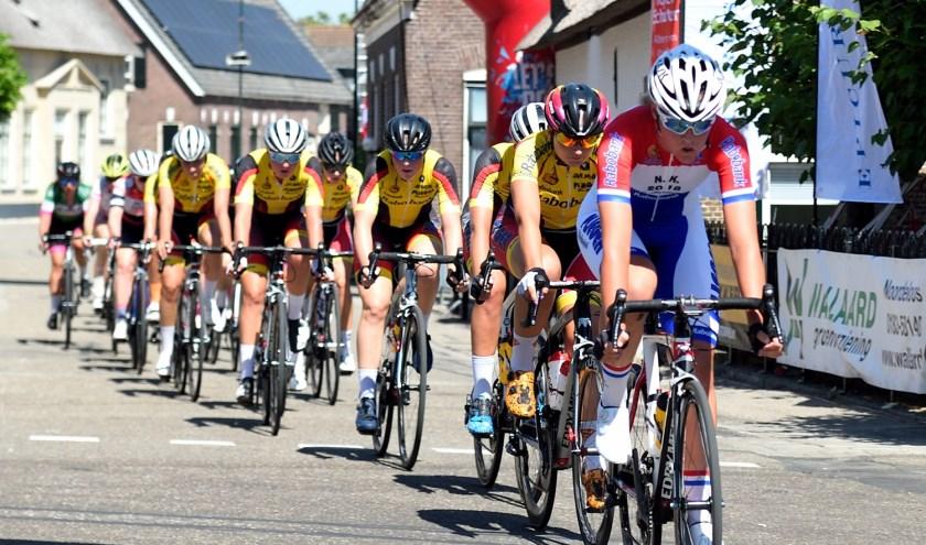 • Jan van Arckel domineerde bij de dames.