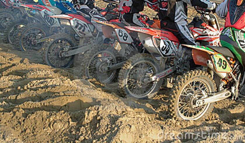 • MCC Geldermalsen organiseert een weekend vol motorcross.