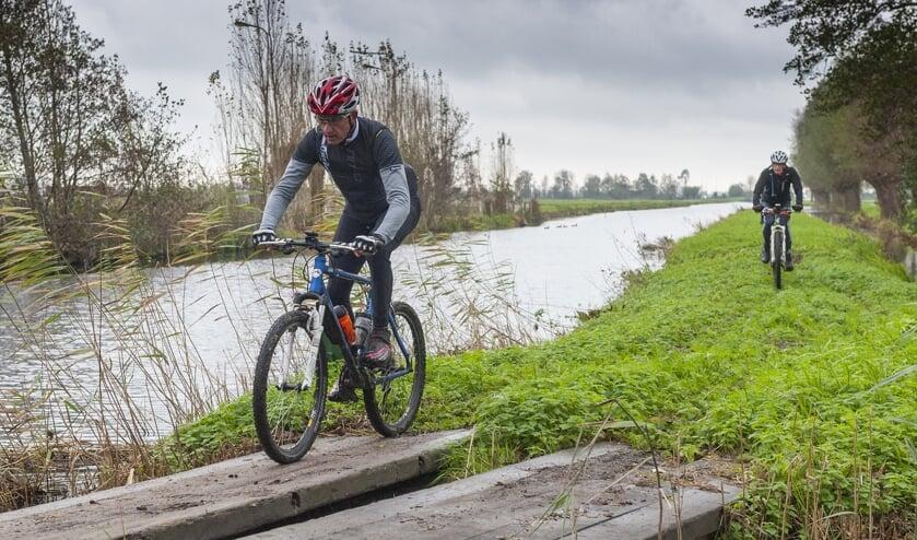 • Mountainbiken over een veelzijdig parcours in de Krimpenerwaard.