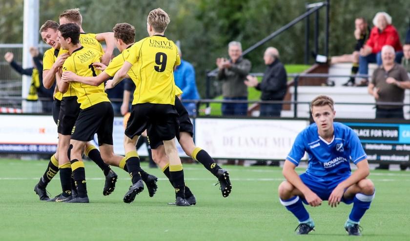 • SV Meerkerk - VVAC (1-0).