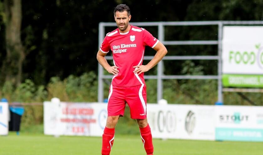 • Willem Looijen is voorlopig uitgeschakeld vanwege een buikspierblessure.