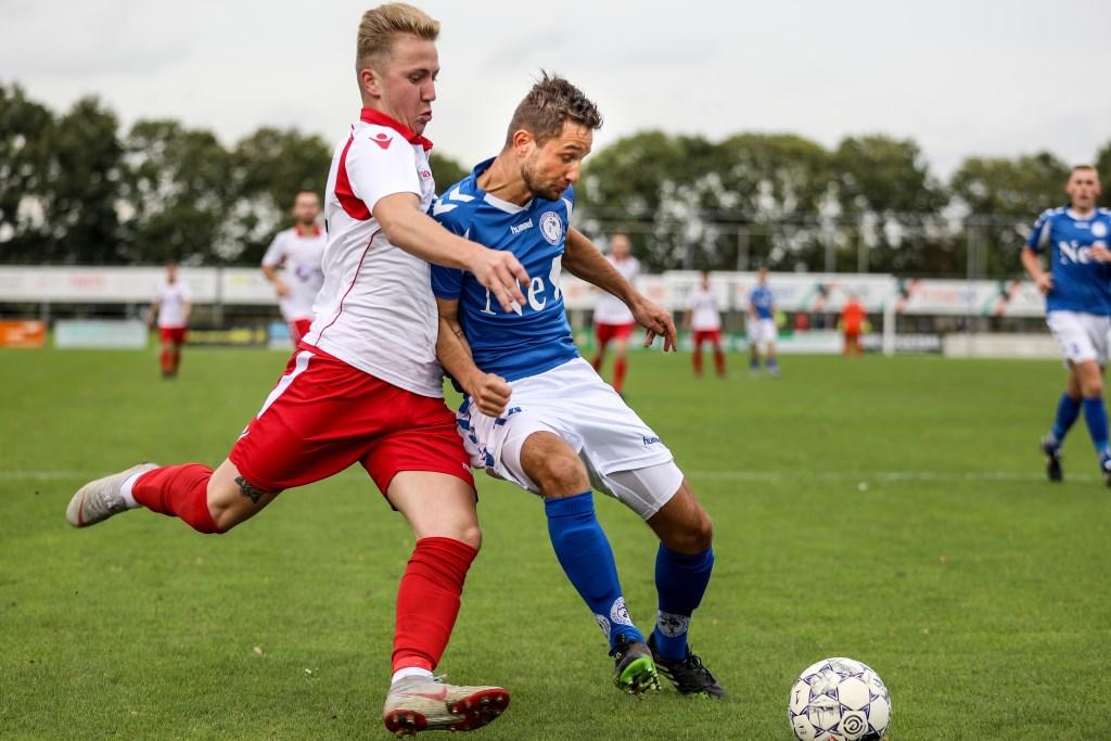 • Schelluinen - Hardinxveld (0-2). Foto: Rick den Besten - Regio-Voetbal © regiosport