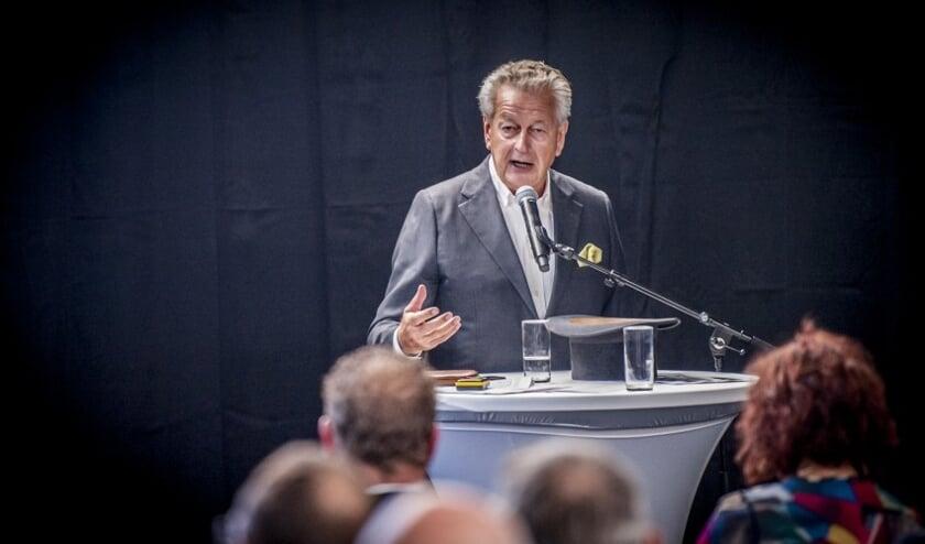 • Eén van de sprekers was Kommer Damen van Damen Shipyards.