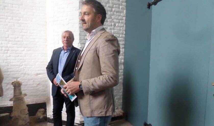 Roland van Vugt en Peter Baks tijdens de presentatie.