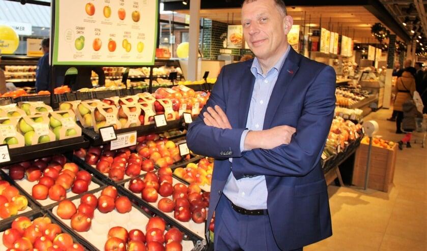 • Arnold de Jongste van de vernieuwde Jumbo-supermarkt op winkelcentrum De Korf.