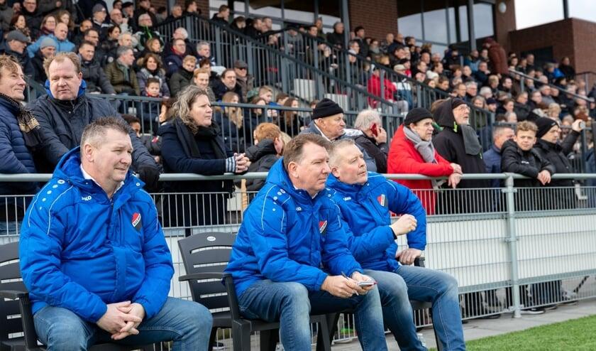 • Theo de Boon als trainer op de bank bij Nivo Sparta.
