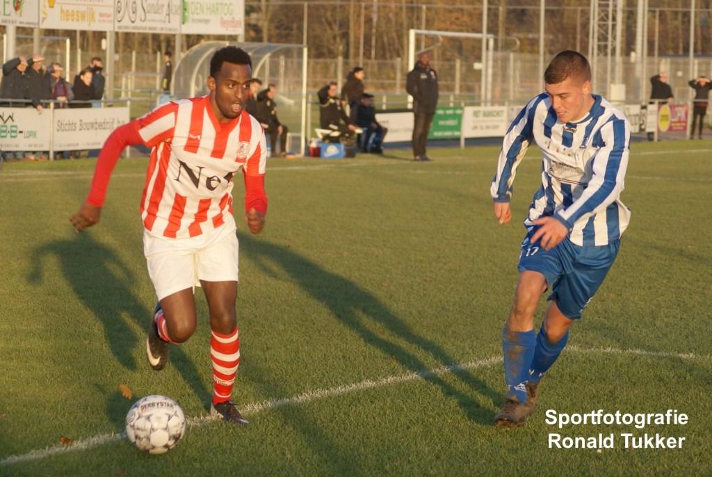 • SV Lopik - SVW (1-4). Foto: Ronald Tukker © Krimpenerwaard