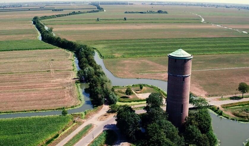 • De watertoren aan de Damweg bij Lopik-dorp.