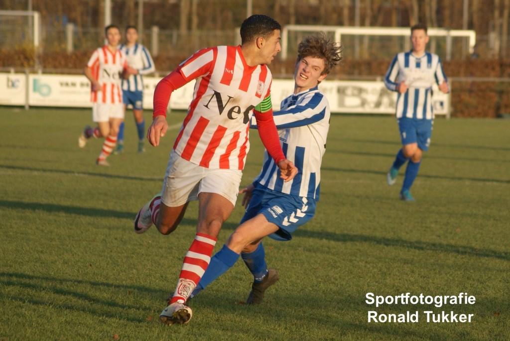 • SV Lopik - SVW (1-4). Foto: Ronald Tukker © regiosport