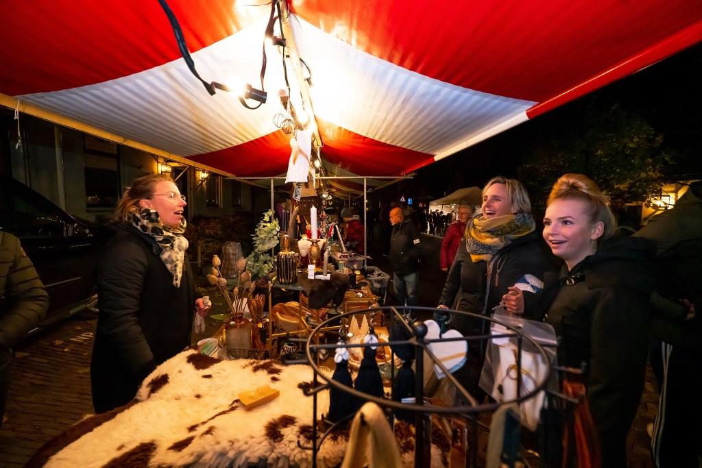 Wintersfeermarkt in Lexmond Foto: Nico Van Ganzewinkel © Alblasserwaard