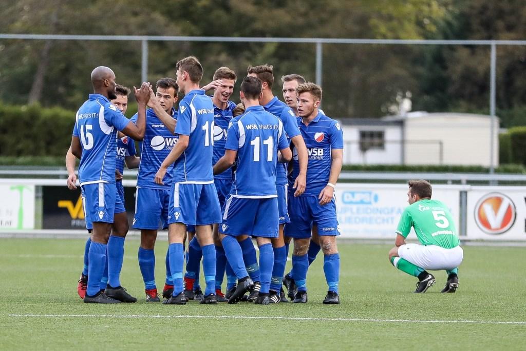 • VVAC - Hardinxveld (0-4). Foto: Rick den Besten - Regio-Voetbal © regiosport