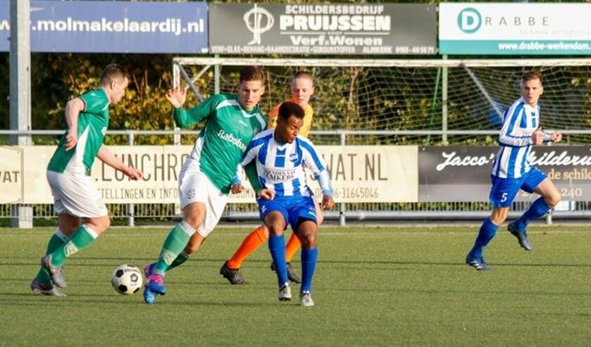 • Almkerk - Nieuw-Lekkerland (0-3).