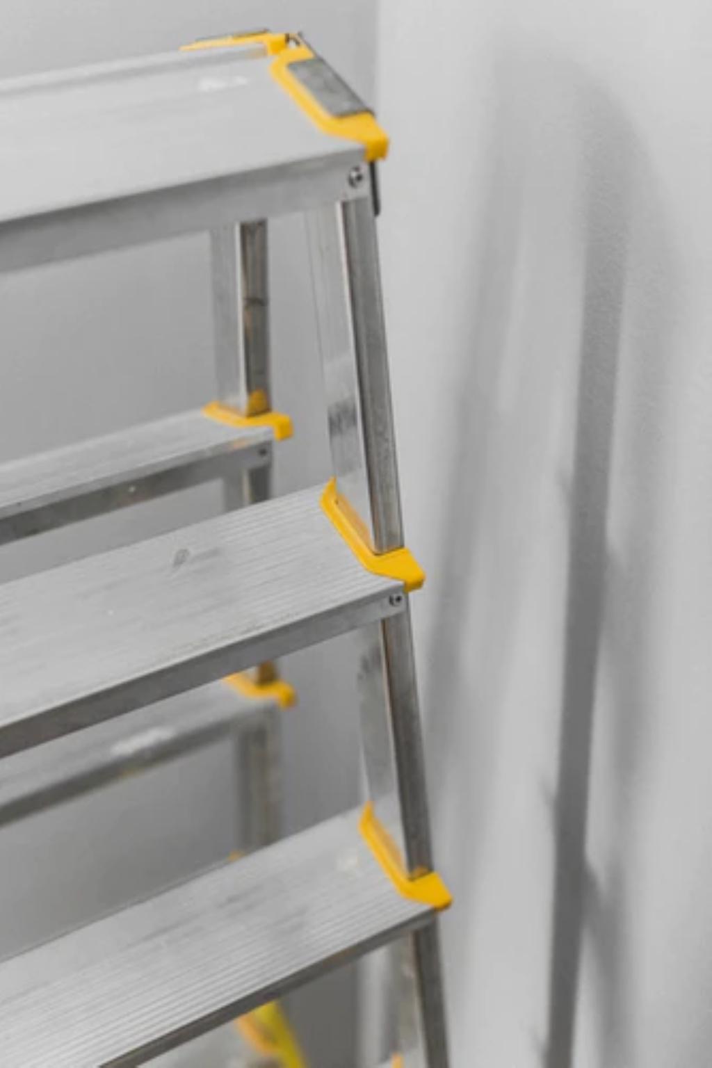 Verwonderend Zes redenen waarom het altijd handig is om een ladder in huis te WZ-09