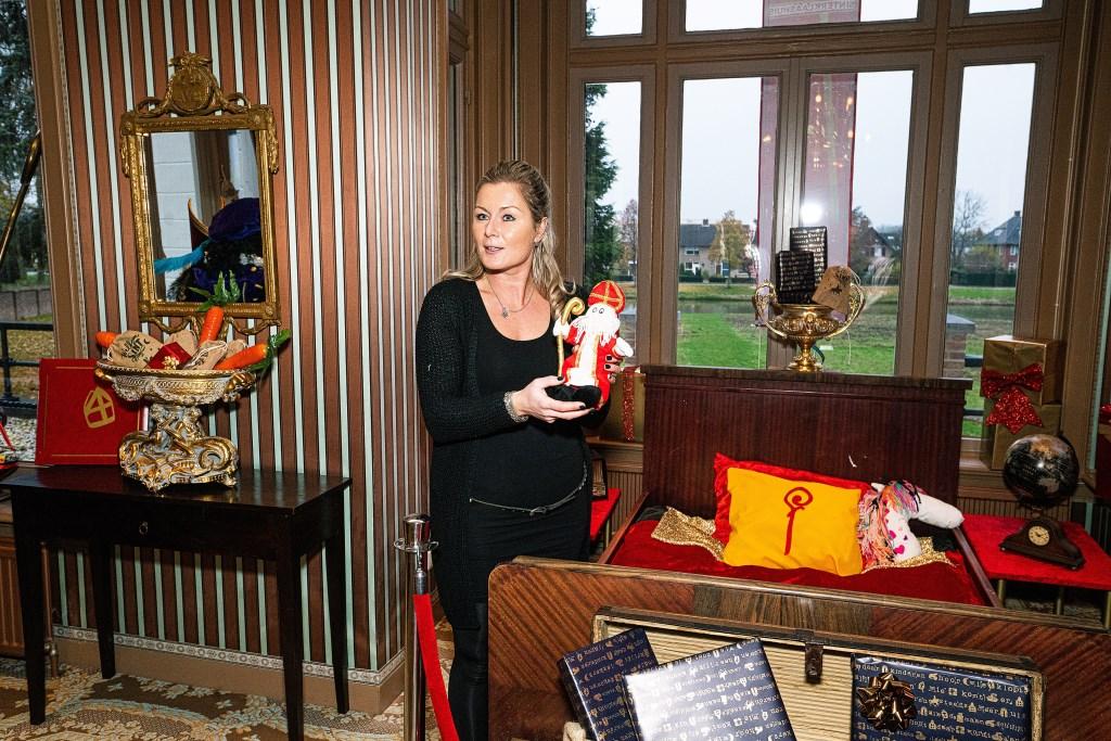 Opening Sinterklaashuis in Asperen Foto: Nico Van Ganzewinkel © Leerdam