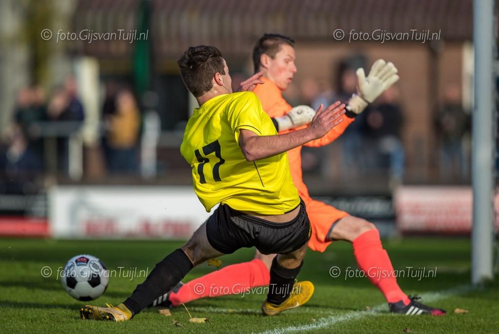• GVV'63 - Zwaluwe (4-4). Foto: Gijs van Tuijl - Gameren © regiosport
