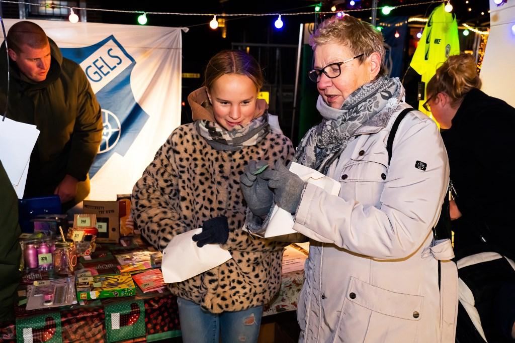 Wintersfeermarkt in Lexmond Foto: Nico Van Ganzewinkel © Vianen