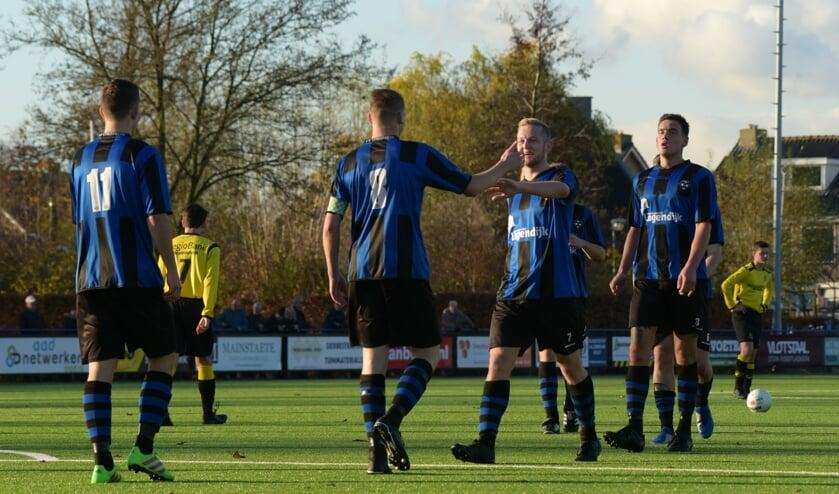 • Streefkerk - FC Perkouw (5-2).