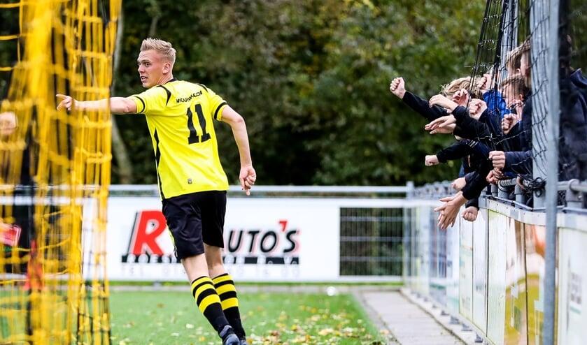 • Groot-Ammers - SV Meerkerk (2-2).