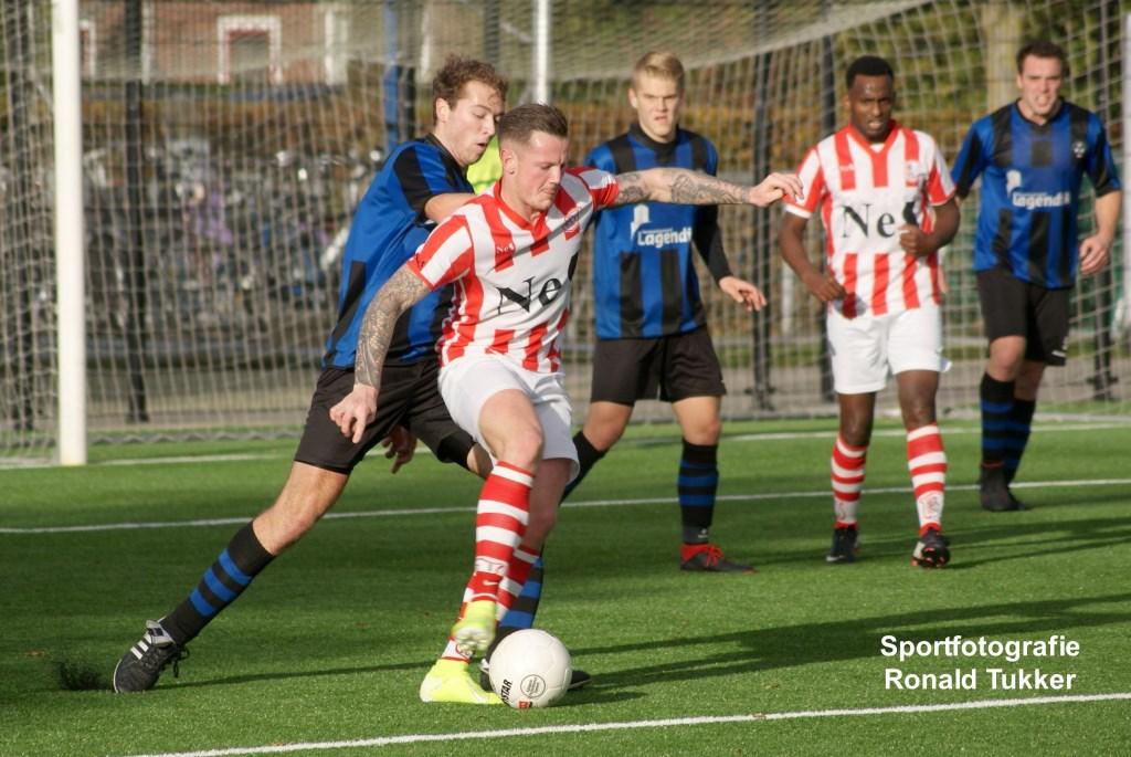 • Streefkerk - SVW (1-2). Foto: Ronald Tukker © regiosport