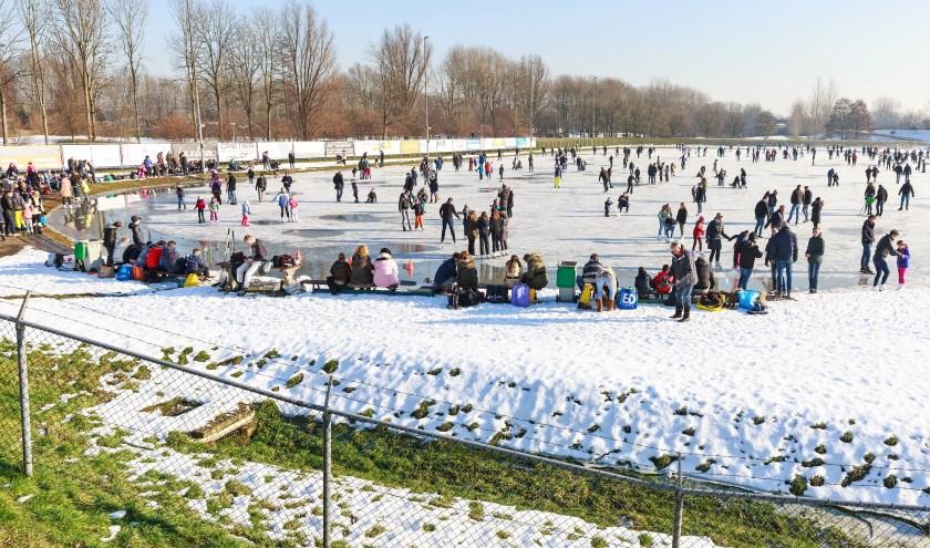 • De ijsbaan in de winter van 2017.