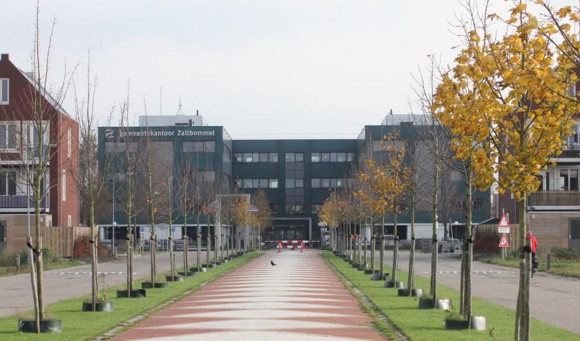 • Het gemeentekantoor; de rechtervleugel is beschikbaar voor duurzame initiatieven.
