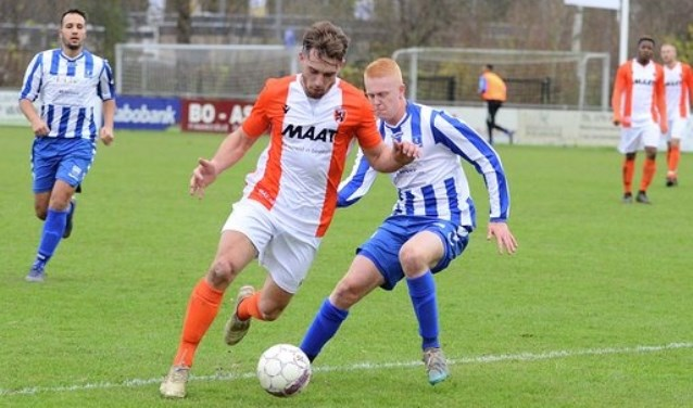 • Alblasserdam - SV Lopik (3-1). Foto: Alexander de Jong © regiosport