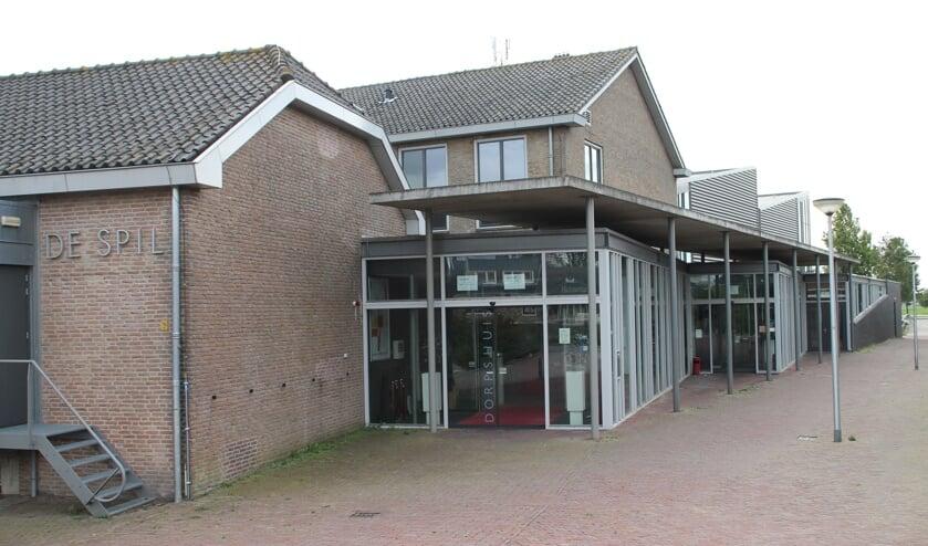 • Dorpshuis De Spil in Bleskensgraaf.