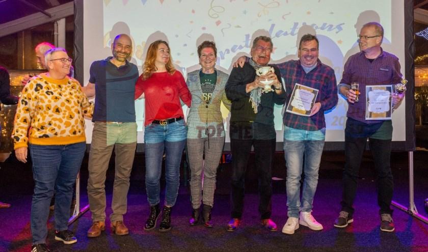• Team Schuil won de Pup quiz van 2019.
