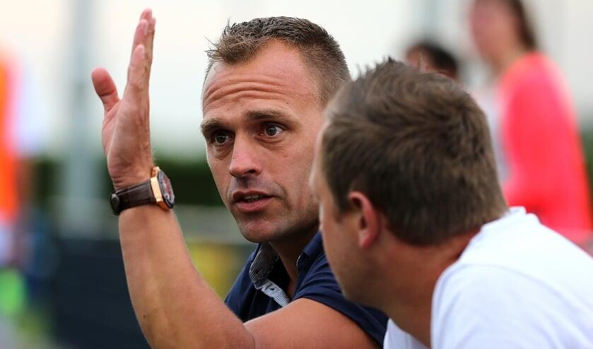<p>• Ameide-trainer Gert-Jan Westerhout.</p>