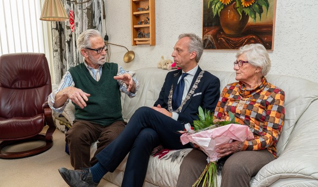 Echtpaar de Wolf-Beek 60 jaar getrouwd Foto: Nico Van Ganzewinkel © Vianen
