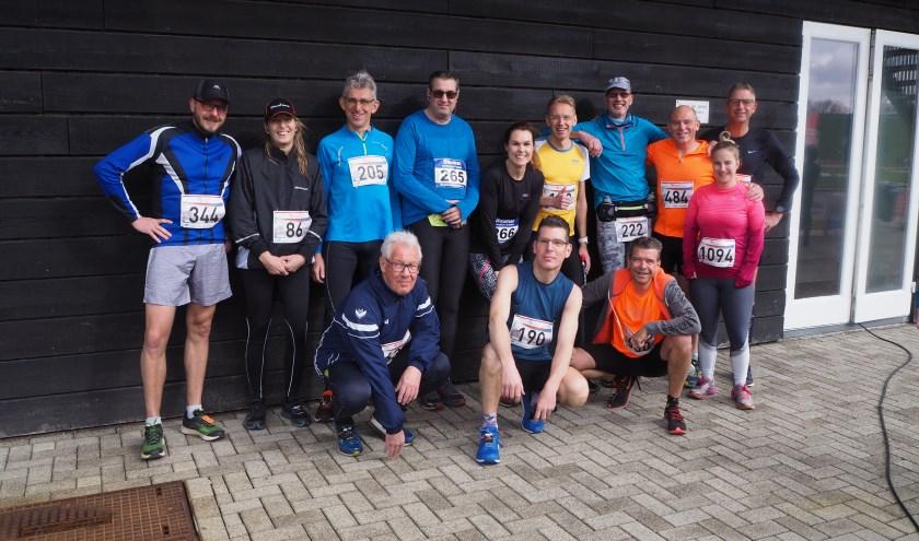 De deelnemers aan de halvemarathongroep van 2018.