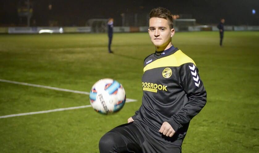 • Schrader heeft het prima naar zijn zin bij 'zijn' FC Perkouw.