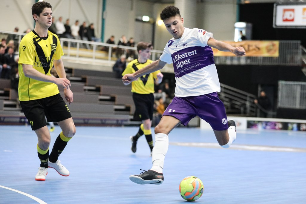 • LRC Leerdam - SV Meerkerk (3-2). Foto: Rick den Besten - HRegio-Voetbal © regiosport