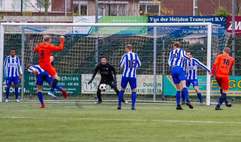 • A;mkerk - Montfoort SV'19 (2-1).