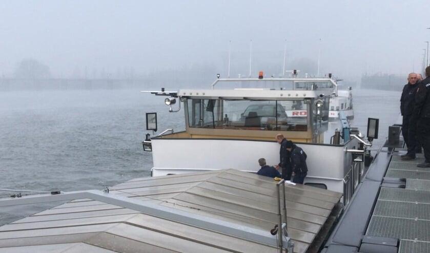 • Onderzoek op het binnenvaartschip bij Nieuwegein
