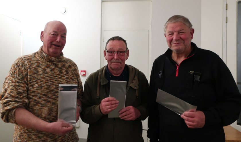 • De prijswinnaars van de serie kerstwedstrijden van hsv De Alver.
