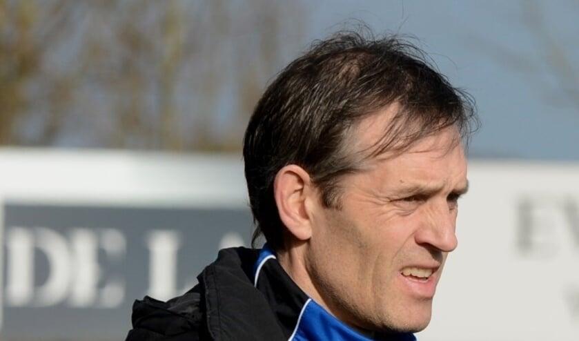 • Emanuël Sluis is de nieuwe hoofdtrainer van LRC Leerdam.