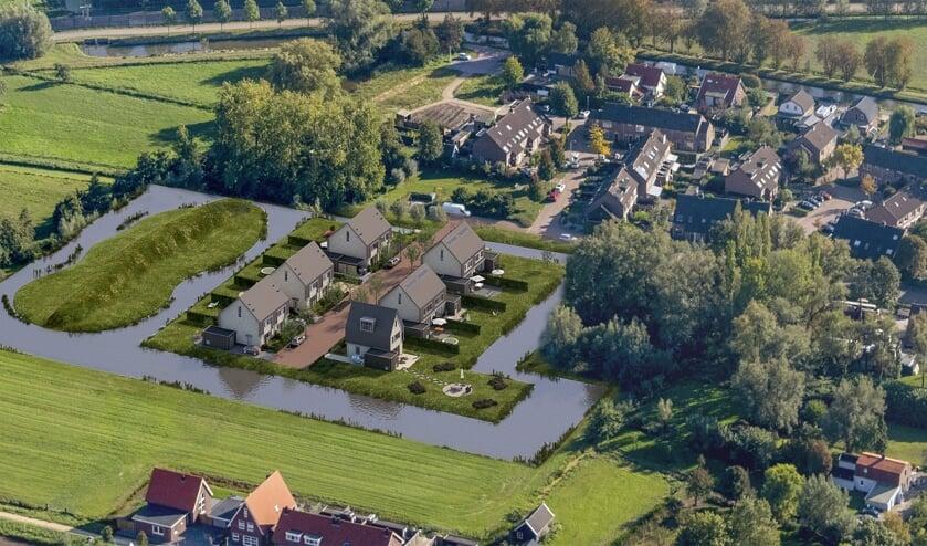 • Een impressie van het project Waterwonen in Schelluinen.