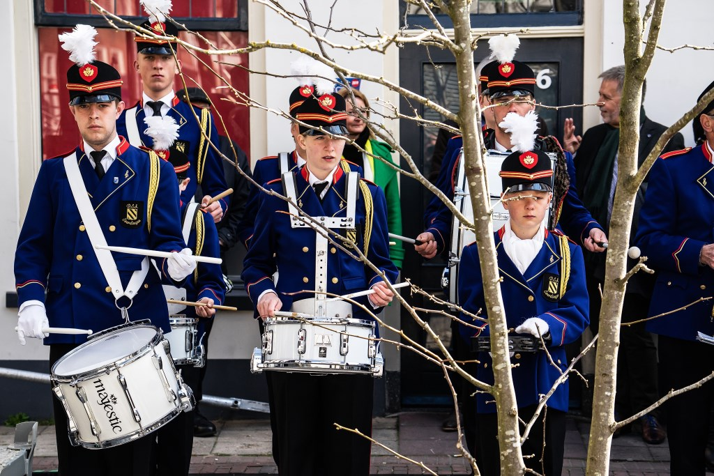Feestelijke her-opening gerenoveerde Voorstraat Vianen foto: Nico van Ganzewinkel  © Vianen