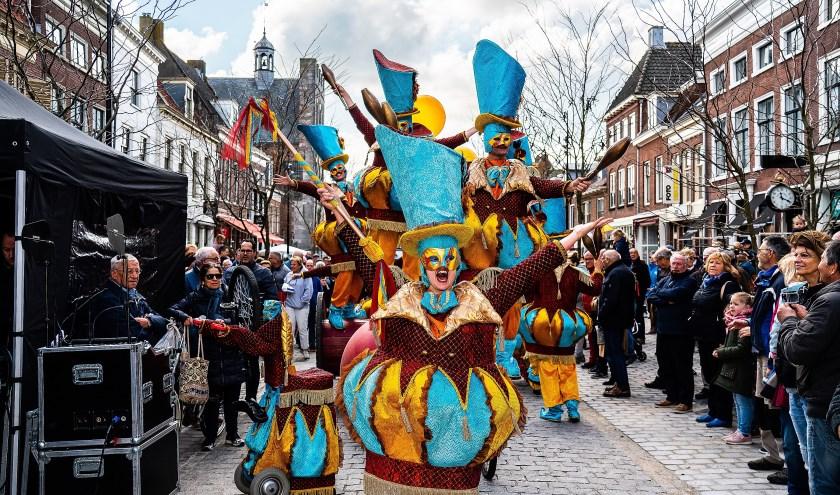 • Feestelijke heropening gerenoveerde Voorstraat Vianen.
