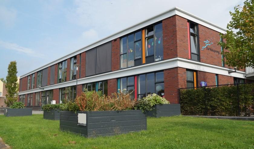 • De Walsprong is tegenwoordig gevestigd in brede school De Waluwe.