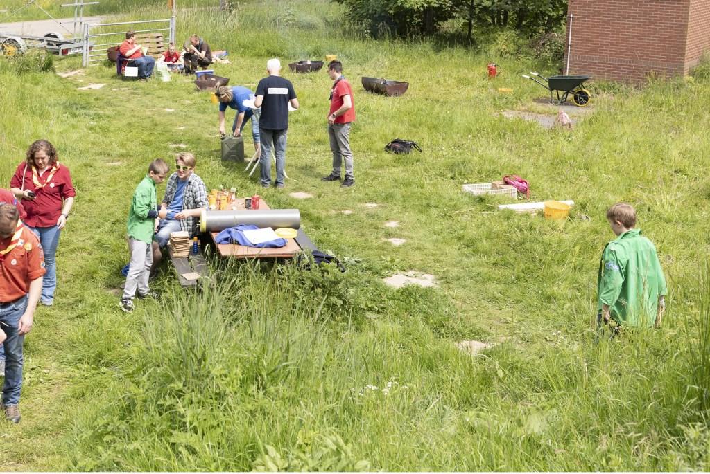 • De drie scoutinggroepen hielden zaterdag een Altenadag. Foto: Jan Noorlandt © Heusden en Altena