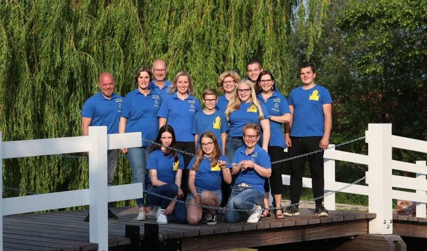 • Het bestuur inclusief de jongeren. Zij krijgen hulp van nog eens 135 vrijwilligers.