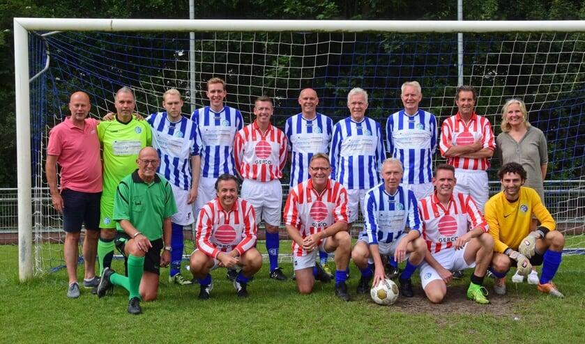 • De laatste wedstrijd van Ap (derde van rechts, zittend).