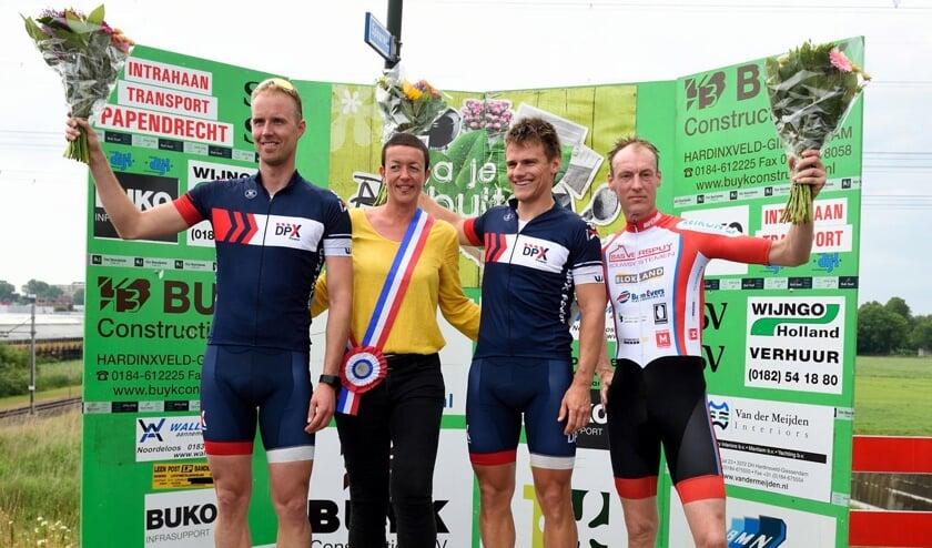 • Het podium in de funklasse met v.l.n.r. Tijmen Pesselse, Arjan van Dijk en Dirk-Jan Verspuij.