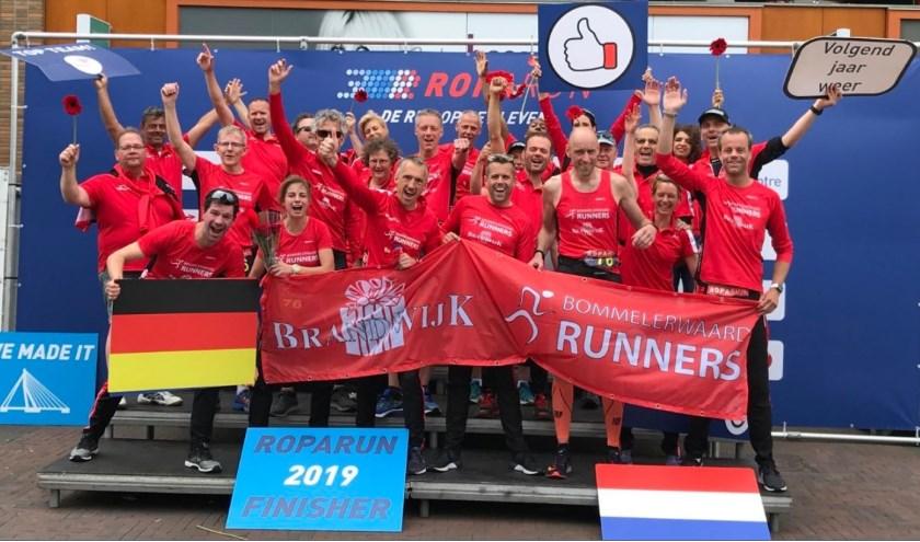 • Ontlading na de finish van de Brandwijk Bommelerwaard Runners.