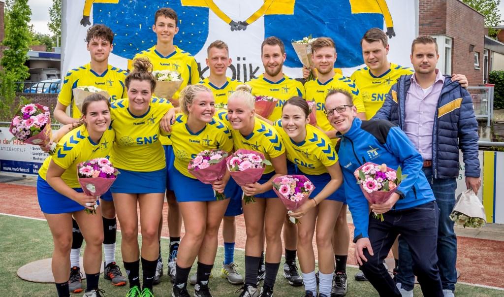 • Het tweede team van CKC Kinderdijk. Foto: Cynthia Feenstra © Klaroen