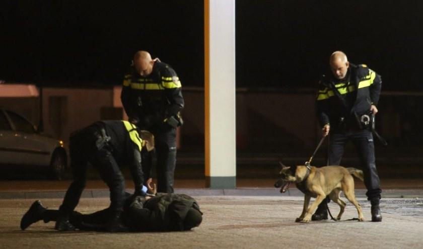 • De eerste twee verdachten werden vlak na de overval al aangehouden op de parkeerplaats van De Lucht langs de A2.