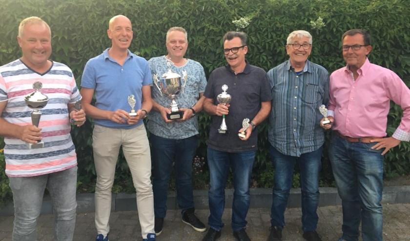 Bert Vink, Dik Kant, Thijs Hartman, leider Piet van den Bosch, Geert Timmerman en Kees Braat.
