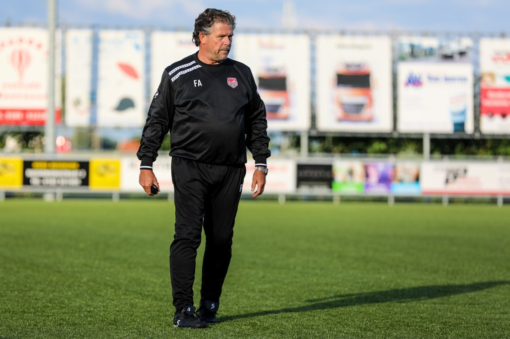 • SteDoCo-trainer Frans Adelaar. Foto: Rick den Besten  © regiosport